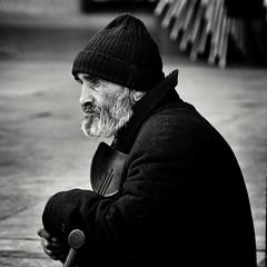 Desesperanza. Despair (marisabosqued) Tags: hombre man retrato portrait bn bw monocromo monochrome tamron90mmf28 snapseed