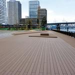 港区港南緑水公園ボードウォークの写真