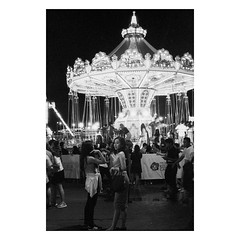 carnival night #35mmfilm (31lucass shots) Tags: istillshootfilm filmisnotdead analoguefilm thefilmcommunity grainisgood filmfeed minoltacamera minoltafilm lensculture photofilmy 135film vintagecamera sgcity snapshot streetphoto filmphotography singaporestreet singapore peopleinstreet streetsnap minoltarokkor ilfordhp5plus400 street blackandwhitefilm blackandwhite minoltaxg1 35mmfilm