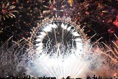 DSC04555-Edit-1 (z70photo) Tags: fireworks newyearseve london londoneye londonstreets celebration