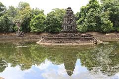Angkor_Neak_Pean_2014_22