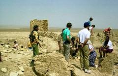 Baraqish Marib Yemen 1992 (loose_grip_99) Tags: yemen arabia middleeast desert ruins soldier kalashnikov rifle 1992 baraqish city ancient gun ak47 abandoned