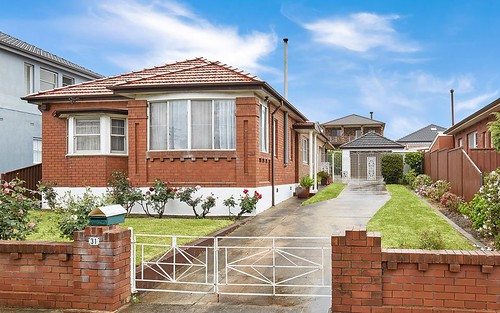 31 Panorama Rd, Kingsgrove NSW 2208