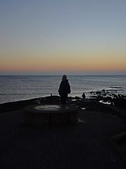 A Shore Thing (Bricheno) Tags: irvine ayrshire wife woman clyde estuary firth firthofclyde bricheno scotland scozia szkocja scoția schottland écosse escocia escòcia 蘇格蘭 स्कॉटलैंड σκωτία sunset