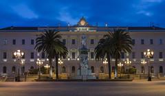 Tàttari elegance (Paolo Dell'Angelo (JourneyToItaly)) Tags: palazzodellaprovincia piazzaditalia sassari sardegna italia bluehour sardinia italy orablu
