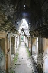 Angkor_Baphuon_2014_11