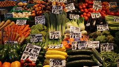 Seattle Pike Place Market - 1599 (AZDew) Tags: produce pikeplacemarket seattle washington vegetables market forsale 2019prices