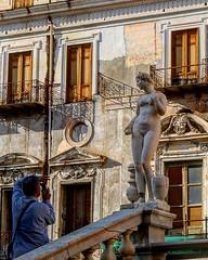 Palermo - 09/11/18 (Giulio Marguglio) Tags: canon750d canon fontanadellavergogna fontana donna uomo flickr city photostreet arte statua myphoto piazzapretoria palermo