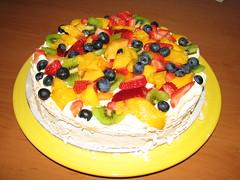 Pavlova Perfection! (IMAGES JIGGS) Tags: imagesjiggs food pavlova yummy freshfruit odt