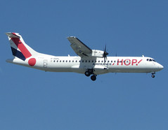 F-HOPL, ATR 72-600 (72-212A), c/n 1283, HOP! for Airfrance, ORY/LFPO 2018-05-07, short finals to runway 06/24. (alaindurandpatrick) Tags: fhopl cn1283 atr atr72 aviondetransportregional airliners turbopropairliners propellerdrivenairliners a5 hop airhop hopforairfrance airlines regionalairlines ory lfpo parisorly airports aviationphotography