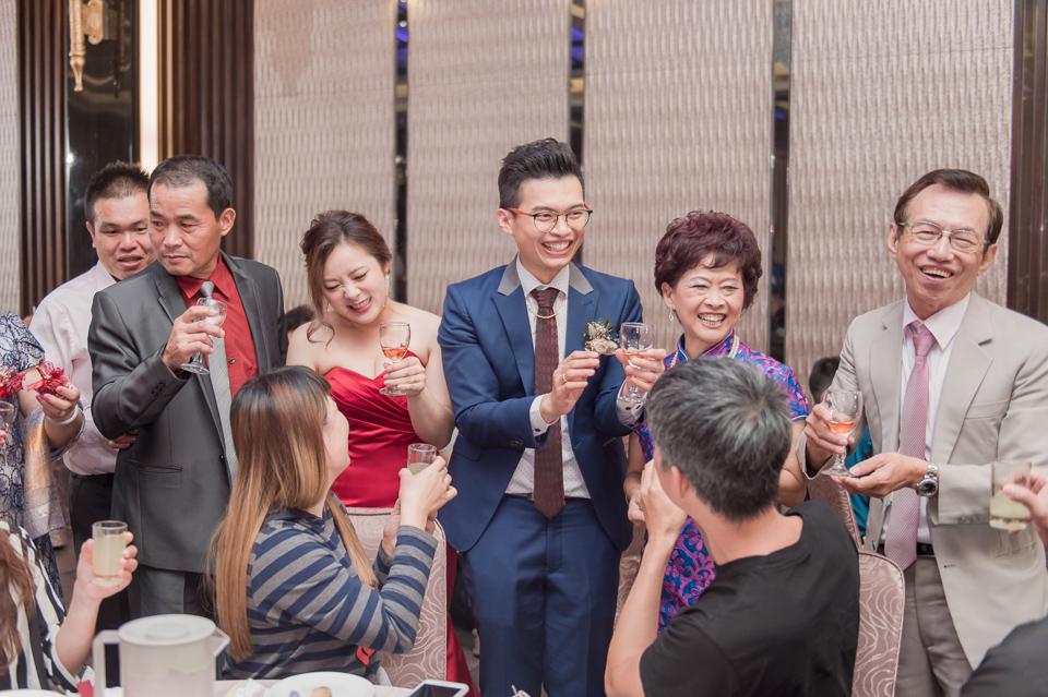台南東東宴會式場 婚宴 走在幸福的紅毯上 R & B 157