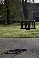 Ferguslie Gardens Autumn (89) (dddoc1965) Tags: dddocdavidcameronpaisleyphotographeroctober25th2018fergusliegardensparkpondswansripplesreflectionsbaloonwaterdewlittertrachplastictreeswoodsidecemeteryautumnhuescolours swingpark playground swings childrensplayarea