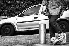 A girls legs in Nice, France 26/10 2018. (photoola) Tags: nice cimiez children sv leg girl child photoola france blackandwhite monochrome