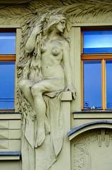 Prager Fassadendetails - 13 (fotomänni) Tags: prag prague praha jugendstil fassadenfiguren skulptur skulpturen sculpture kunst art manfredweis