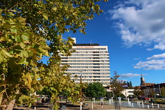Hotel Černigov in Hradec Králové (ZdenHer) Tags: czechrepublic hradeckrálové hotel architecture tree sky clouds