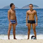 Friends at the beach thumbnail