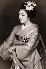 Hinayuu (Zhan T) Tags: maiko kimono japan kyoto hinayuu 雛佑 dance geisha geiko happyplanet