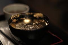 Kanazawa impressions - Golden Zenzai Sweets (maco-nonch★R) Tags: kanazawa higashichayadistrict 金沢 東茶屋街 kaikaro zenzai sweets ぜんざい 善哉 金箔 eatable gold canoneosm5 m42 m42screwmount radioactivelens oldlens takumar bokeh f14