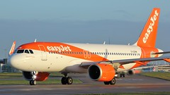 G-UZHM (AnDyMHoLdEn) Tags: easyjet a320 neo egcc airport manchester manchesterairport 23l