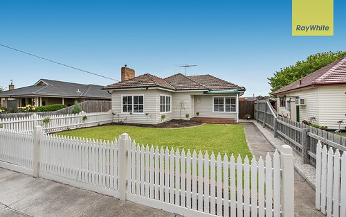 18a Cameron St, Airport West VIC 3042