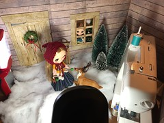 Sewing in the snow (Foxy Belle) Tags: behind scenes doll blythe snow sewing machine yard cabin house dollhouse 16 scale winter winterish allure