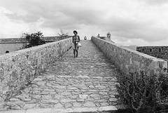 Crete / Kreta #28 (Thomas Remme) Tags: analog film ilfordfp4 meinfilmlab pentaxfa31ltd pentaxmzs rethimnon 135 35mm kb kleinbild ishootfim filmisnotdead filmphotographie bwfp sw bw schwarzweiss blackandwhite rethymno festung fortezza kreta crete greece griechenland burg castle steine stones