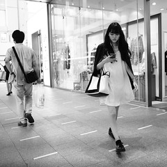 Street! (takana1964) Tags: streetphotography snap streetsnap street snapshot citysnap citystreet city cityphotography monochrome woman blackandwhite bw kyotocity japan olympus