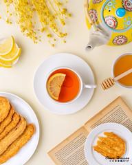 Tea and Japanese Honey Cookies 2 (omer.arahman) Tags: honey cookies crunchy yummy sweet tea lemon