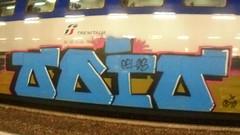938 (en-ri) Tags: odio rayoz gelos gelo crew video blu marrone nero train torino graffiti writing