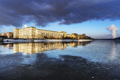 *** (shadobb) Tags: msk moscow reflections reflection sky cloud clouds building architecture river ice sony gmaster