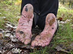 Happy feet! (Barefoot Adventurer) Tags: barefoot barefooting barefooter barefoothiking barefeet baresoles barefooted barfuss winterbarefooting winter wetmud wetsoles callousedsoles connected callouses earthsoles earthing earthstainedsoles energy newyear happyfeet wrinkledsoles woodlandsoles naturalsoles nature naturallytough naturallybarefoot naturally hardsoles hiking healthyfeet ruggedsoles roughsoles forestwalk muddyfeet muddysoles coldsoles