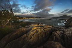 Praia da Barra (Luis_Garriga) Tags: praia praiadabarra garopaba brazil brasil coast sunrise sea stones landscape sonya7