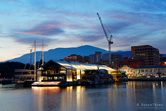 20190128-60-Brooke Street Pier at night (Roger T Wong) Tags: 2019 australia hobart mtwellington rogertwong sel24105g sony24105 sonya7iii sonyalpha7iii sonyfe24105mmf4goss sonyilce7m3 tasmania clouds evening reflection sea waterfront
