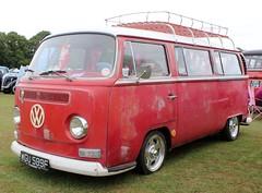 WGU 589F (Nivek.Old.Gold) Tags: 1968 volkswagen camper 1584cc earlybay