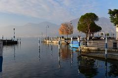 Lago d'Iseo, Italy, December 2018 051 (tango-) Tags: iseo lagoiseo iseolake lagodiseo lombardia italia italien italie italy