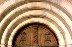 Perpignan saint jacques church front door (patrick555666751 THANKS FOR 5 000 000 VIEWS) Tags: perpignan saint jacques church front door porte d entree arch arches porta puerta perpinya pyrenees orientales roussillon rossello pays catalan paisos catalans france europe europa mediterranee mediterraneo mediterranean catalogne catalunya catalonia eglise igreja iglesia chiesa