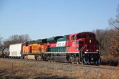 """""""Ferro ex"""" 4054 and a BNSF unit haul CP 288 approaching Weyh Road (AndyWS formerly_WisconsinSkies) Tags: train railroad railway railfan canadianpacificrailway canadianpacific cprail cp ferromex emd sd70ace locomotive"""