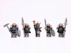 Anglų lietuvių žodynas. Žodis ring armor reiškia šarvai žiedas lietuviškai.