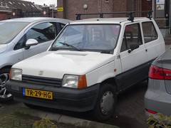 1990 Seat Marbella Special (harry_nl) Tags: netherlands nederland 2018 tilburg seat marbella special yr29hg sidecode4
