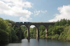 20305+20308 Wayoh Reservoir, Lancashire (Paul Emma) Tags: uk england railtour choppertopper 37419 20305 20308 railway railroad wayoh reservoir viaduct lancashire
