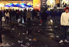 nochevieja universitaria fin año universitario borracheras robos aseos suciedad basura (20)