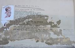 L'horror de ser mare i presonera. Mural al mur de l'Antiga Presó Model, Barcelona. (heraldeixample) Tags: heraldeixample bcn barcelona spain espanya españa spanien catalunya catalonia cataluña catalogne catalogna graffitis grafit pintada murals 落書き grafite 涂鸦 граффити carrer street calle rue strada 通り strase strasse gade δρόμο улица rua 街头 presó cárcel jail prison ngc dona woman mujer frau femme fenyw bean donna mulher femeie 女人 kadın женщина หญิง boireannach kobieta presonera albertdelahoz