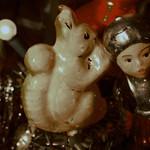 Das Eichhörnchen wünscht frohe Weihnachten thumbnail