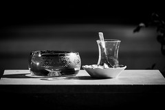 Still Life (wowafo) Tags: sonyflickraward belek türkei turkey çay tee teatime blackwhite stillleben stilllife