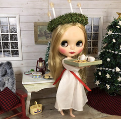 4. Happy St Lucia's Day! (Foxy Belle) Tags: doll santa saint lucia day lucias blythe playscale 16 cabin log rustic ooak food saffron buns fimo folk folksy peasant wooden scale dollhouse miniature
