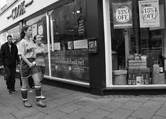 Cookfood (Bury Gardener) Tags: streetphotography suffolk street streetcandids snaps strangers candid candids people peoplewatching folks 2018 nikond7200 nikon england eastanglia burystedmunds britain stjohnsstreet bw blackandwhite monochrome mono