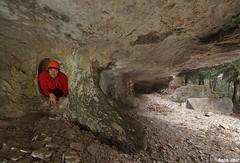 trou dans les abris sous roche du creux Billard - Nans Sous Sainte Anne (francky25) Tags: trou dans les abris sous roche du creux billard nans sainte anne karst franchecomté doubs
