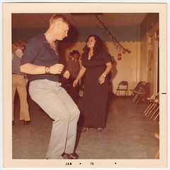 Vintage 1975 Snapshot : Dancing Teens (CHAIN12) Tags: scanned photo vintage dancing disco girl guy dance floor long maxi skirt seventies 1970s thebump bbw young lady teen bellbottoms christmas 20thcntryphts1975jandancingteens