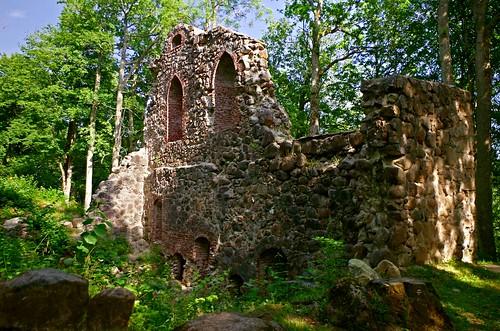 Krimulda linnuse varemed / Krimulda Castle ruins
