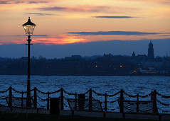 Sunset (.annajane) Tags: lamppost liverpool merseyside river rivermersey sky sunset wirral waterfront clouds lovelocks uk england birkenhead